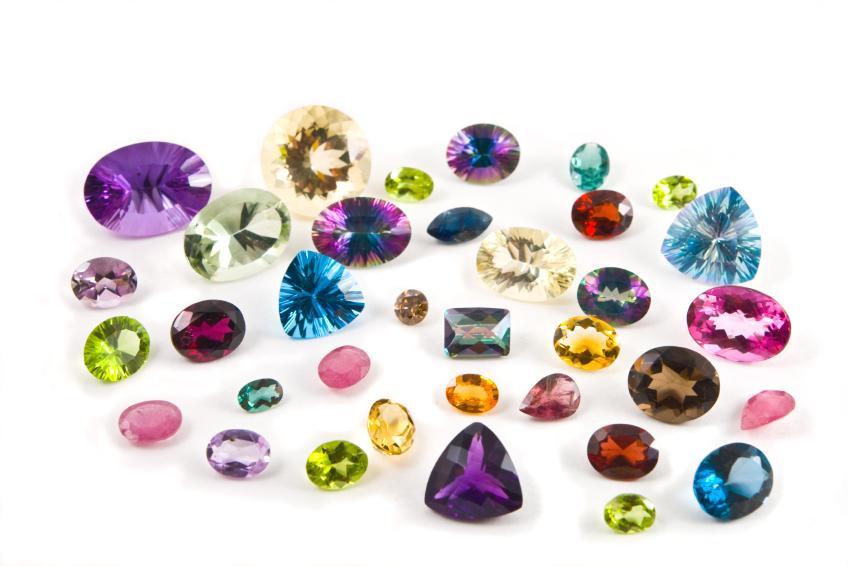 Come vengono tagliate le pietre preziose?