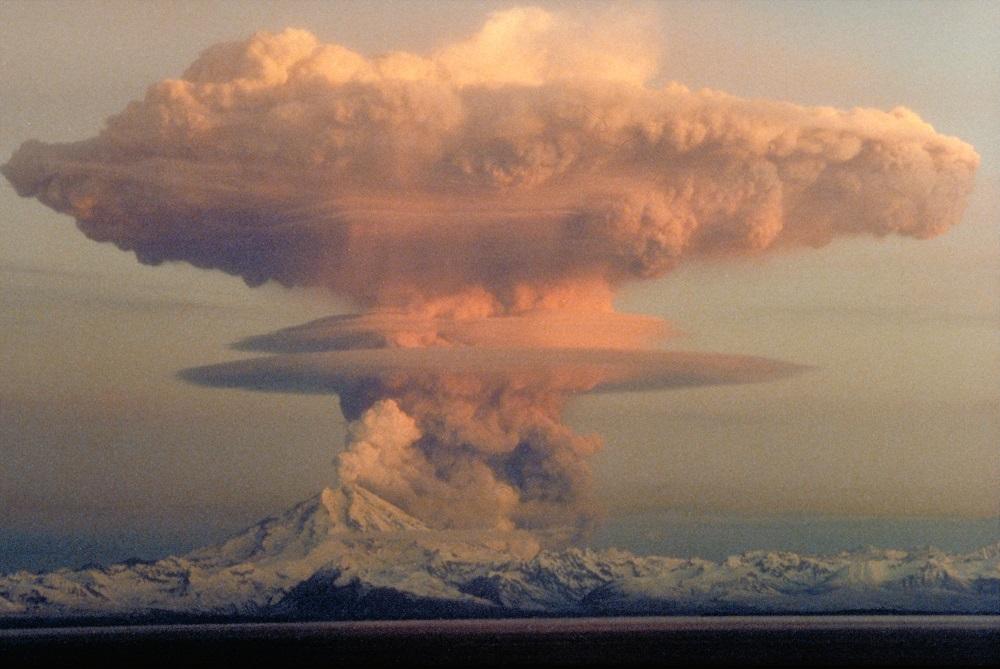 Perché l'eruzione pliniana si chiama in questo modo?