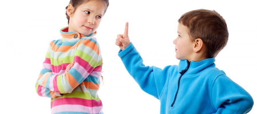 Come fermare i litigi tra fratelli?