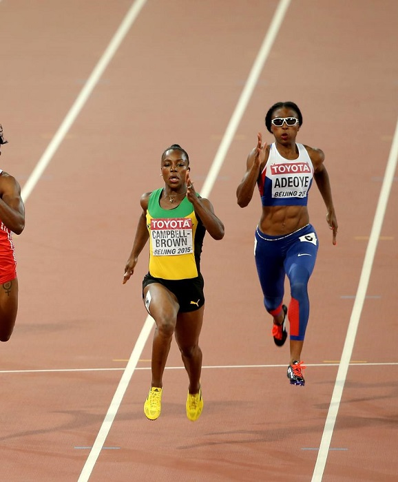 Veronica Campbell Brown, invade la corsia di Margaret Adeoye