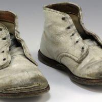 A quando risalgono le prime scarpe?