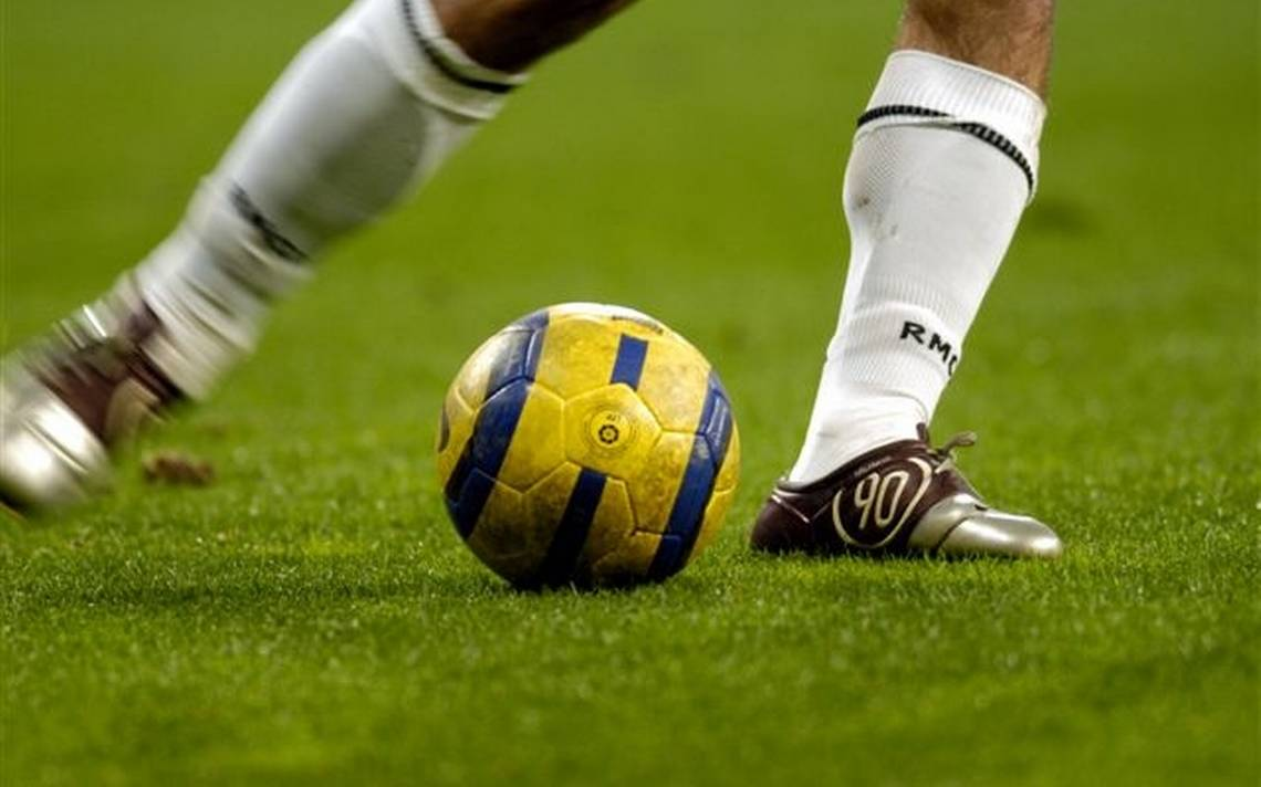 Calciatori e gambe storte