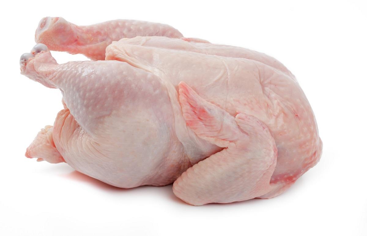Lavare il pollo prima di cucinarlo