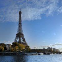 Perché non si può fotografare la torre Eiffel di notte?