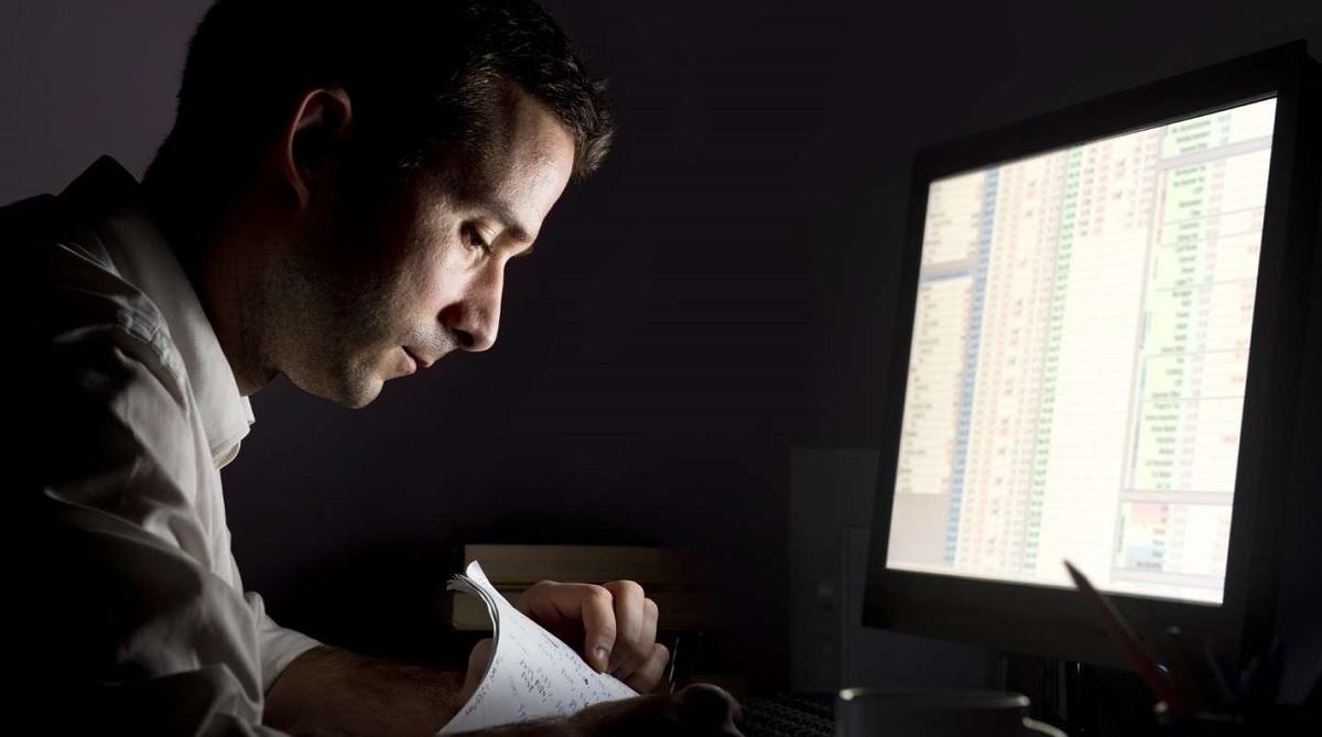 Lavorare nel week-end e di notte fa male?