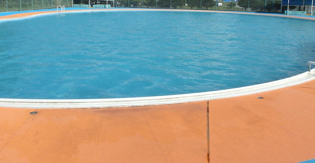 Il cloro della piscina fa male?