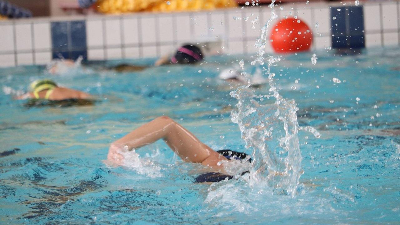 Esiste un modo per nuotare più velocemente?