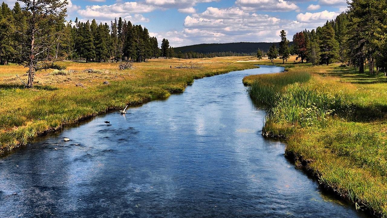 A che velocità scorrono i fiumi?
