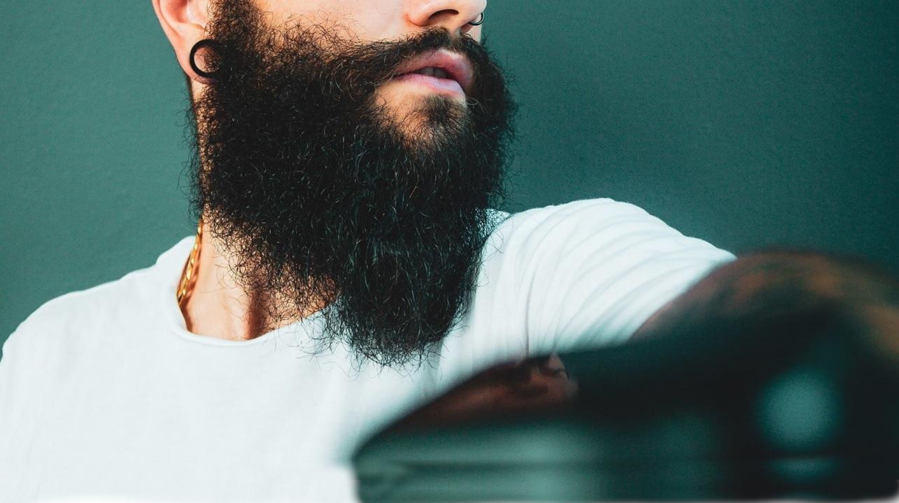 Perché i pugili non possono avere la barba?