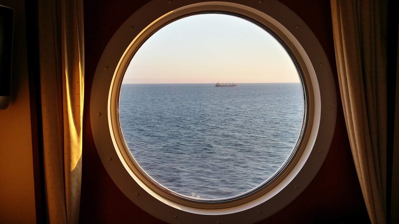 Perché gli oblò delle navi sono rotondi?