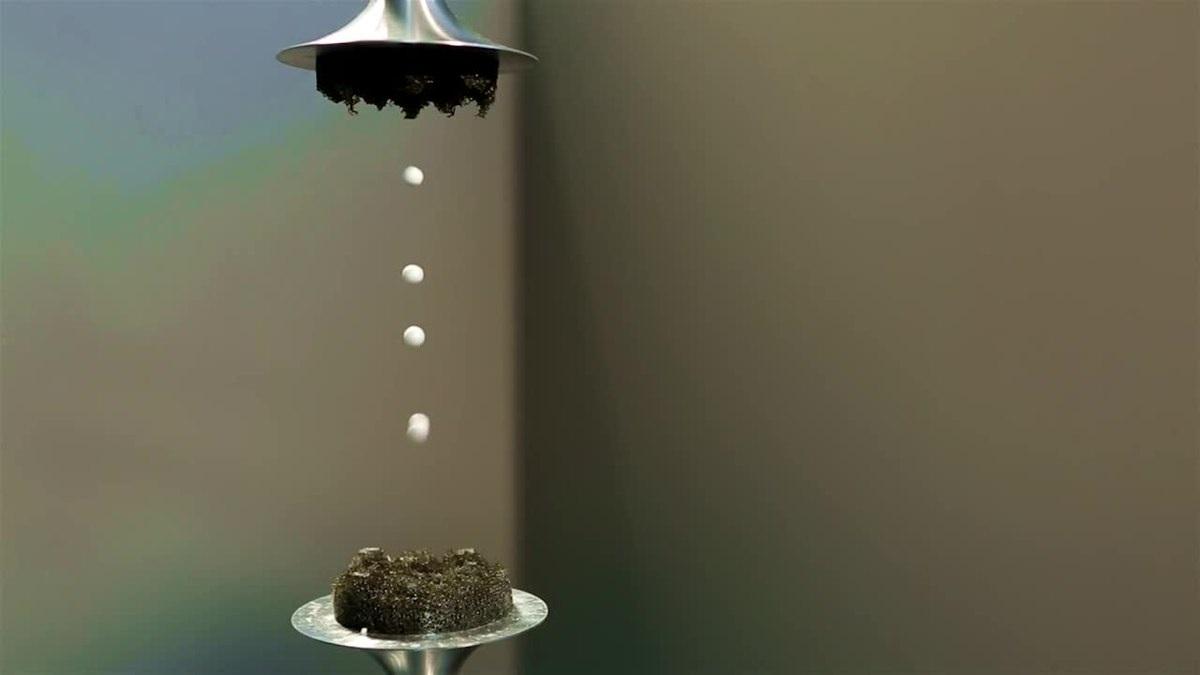 La levitazione acustica