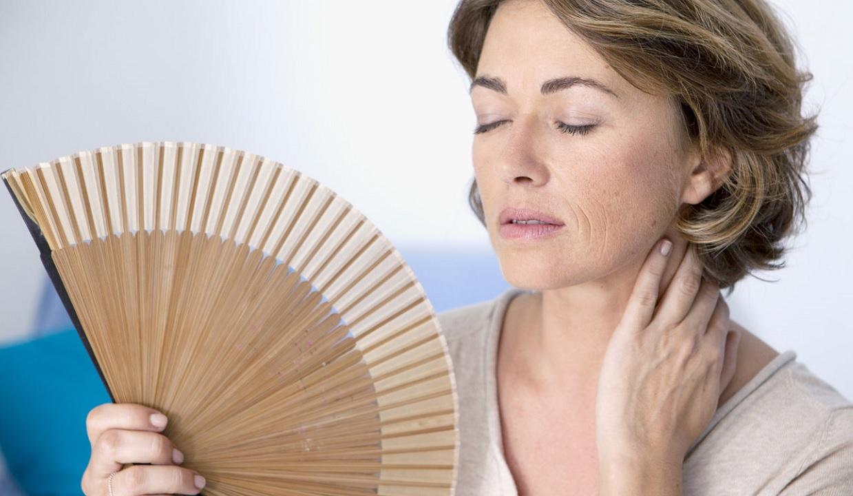 È colpa degli uomini se le donne vanno in menopausa?