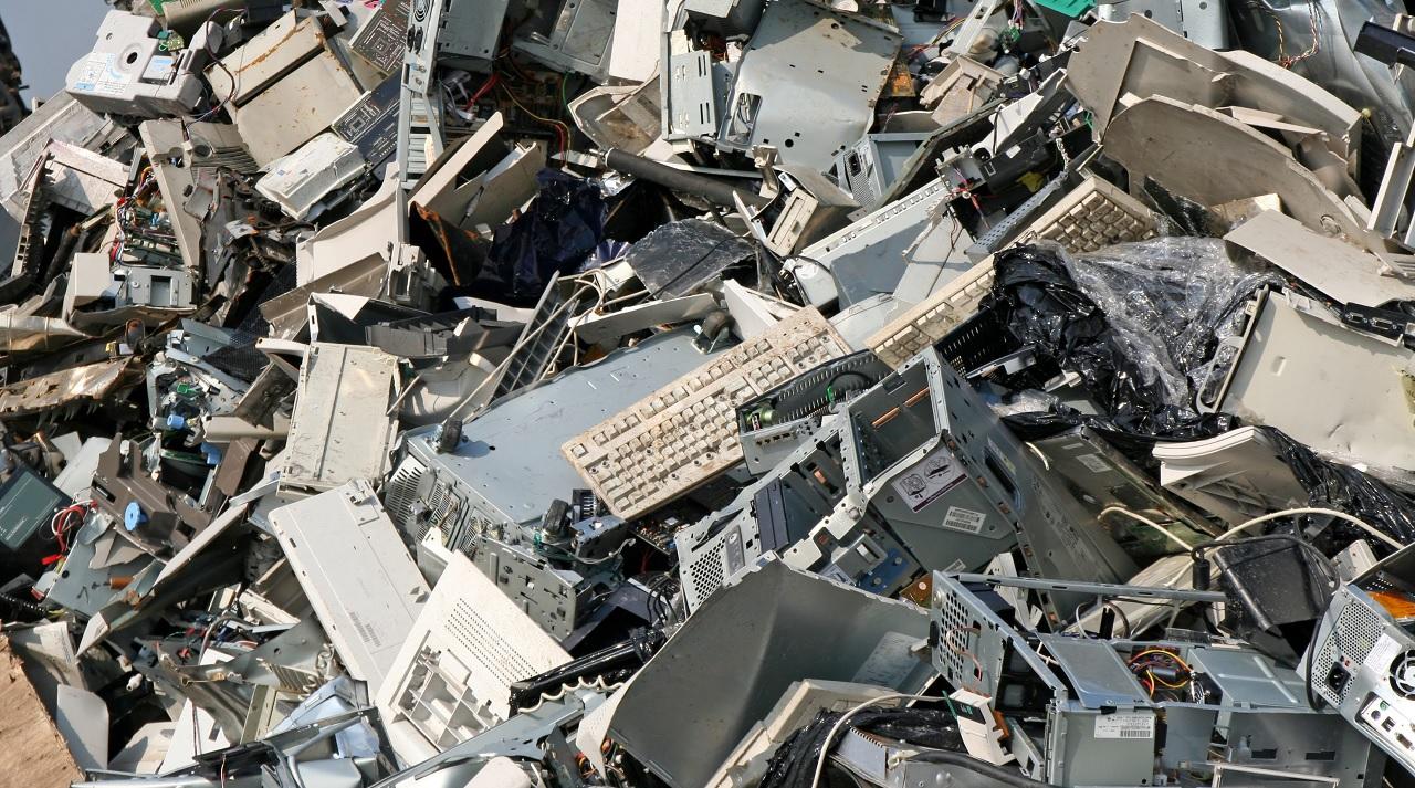 I rifiuti elettronici che produciamo