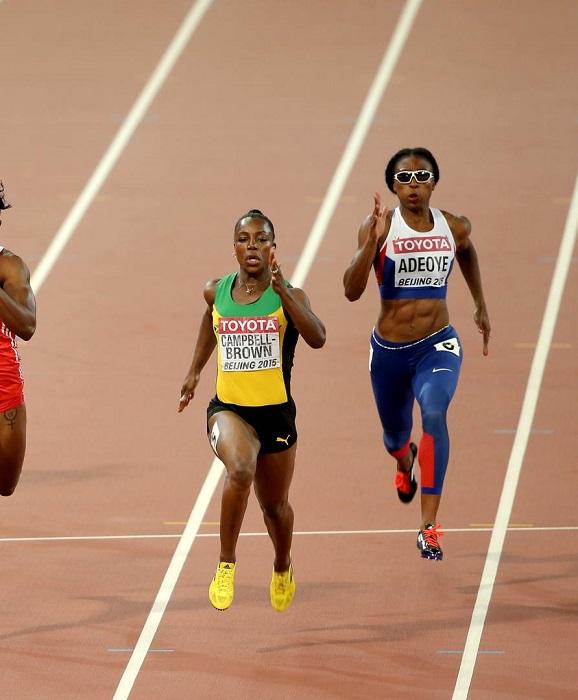 Veronica Campbell Brown, invade la corsia di Margaret Adeoye