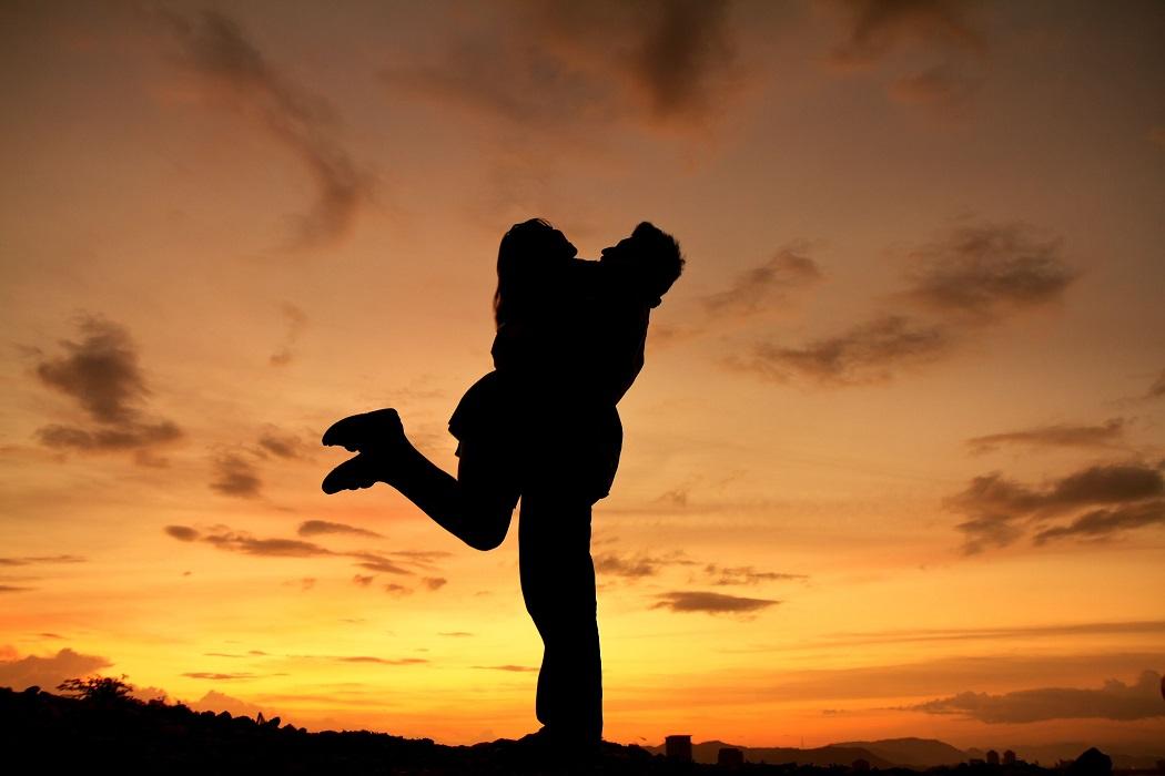 Essere amici con il proprio partner rende la relazione più duratura