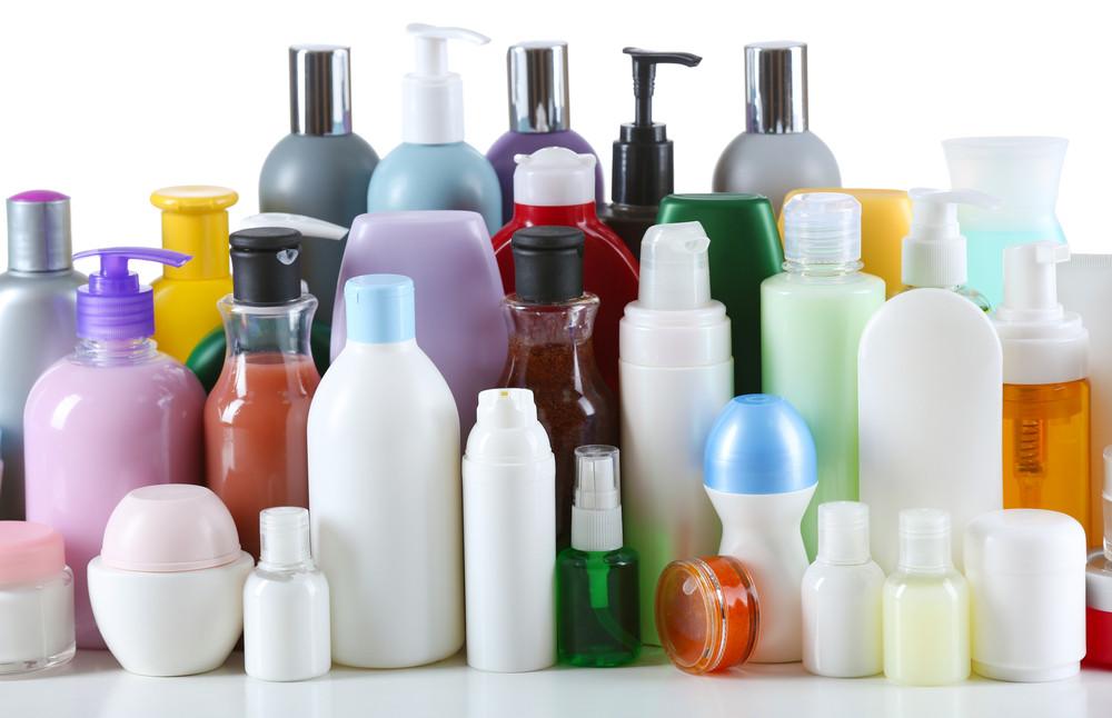 I cosmetici, i detersivi e i saponi potrebbero influenzare la menopausa