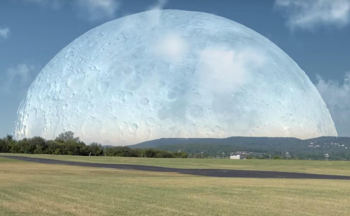 Se la Luna fosse più vicina al nostro Pianeta