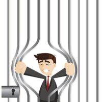 Evadere dal carcere è reato?