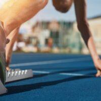 Perché nell'atletica leggera si corre in senso antiorario?