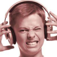 Perché sentendo la nostra voce registrata ci sembra diversa?