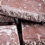 Perché il cioccolato diventa opaco se si scioglie e si solidifica di nuovo?